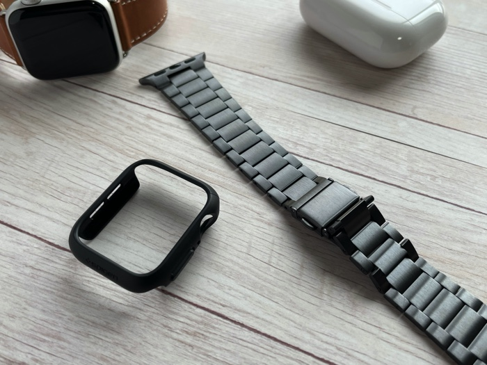 【高評価】Spigen Apple Watchケース